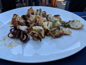 Una mostra de sèpia presentada ahir al Club Nàutic de l'Estartit dins de les Jornades Gastronòmiques de la Sèpia i de la Clova de l'Estartit